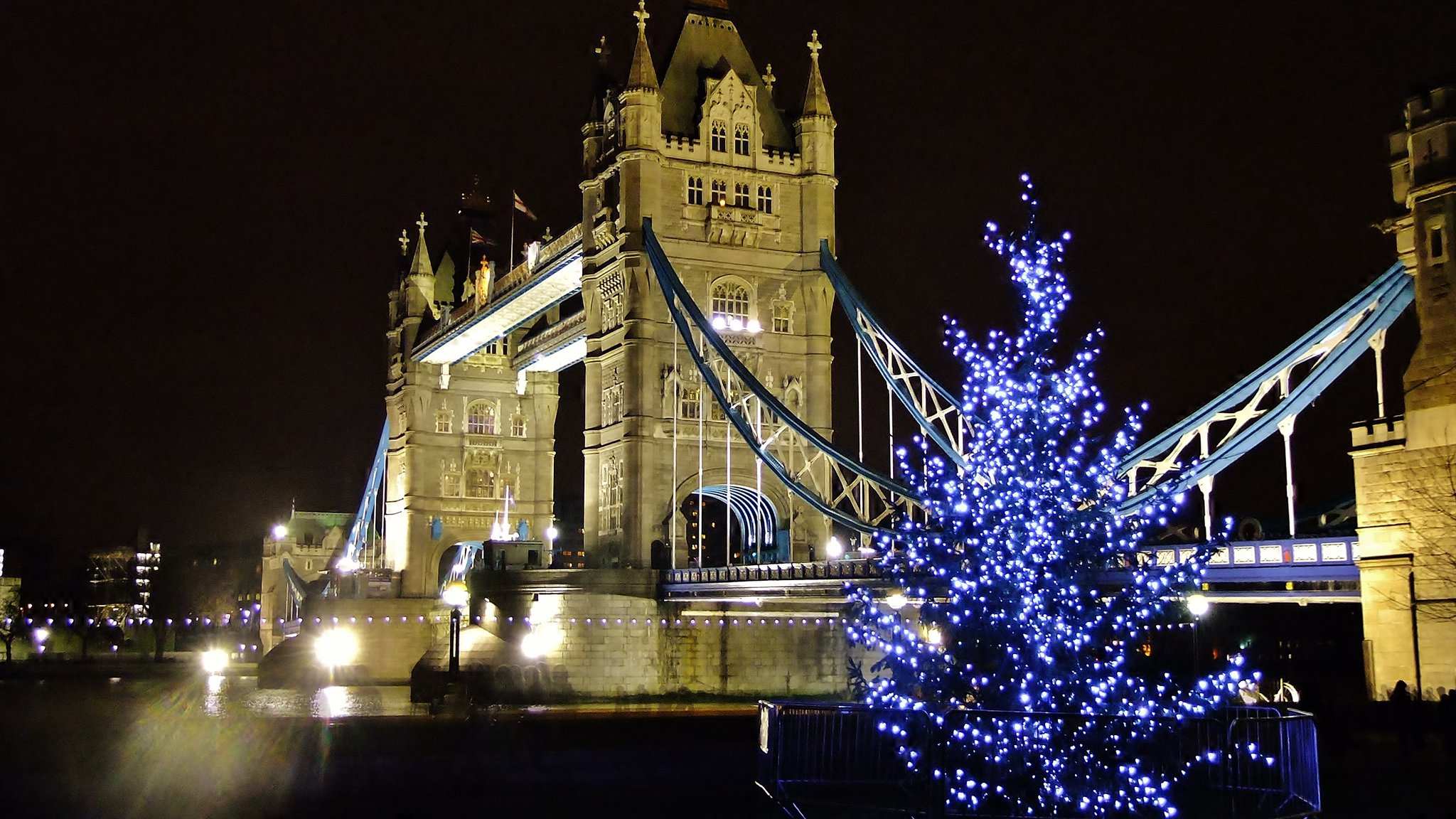 Christmas In Europe Wallpaper.Teach Your Children About Giving This Christmas The London