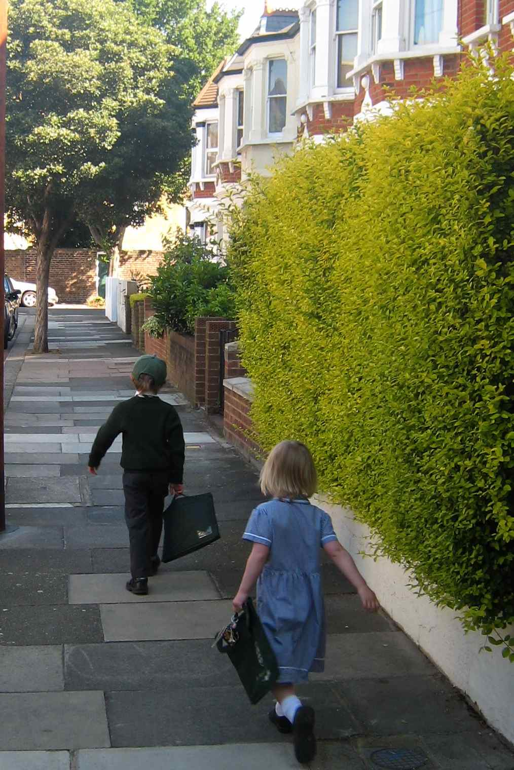 children walking to school2