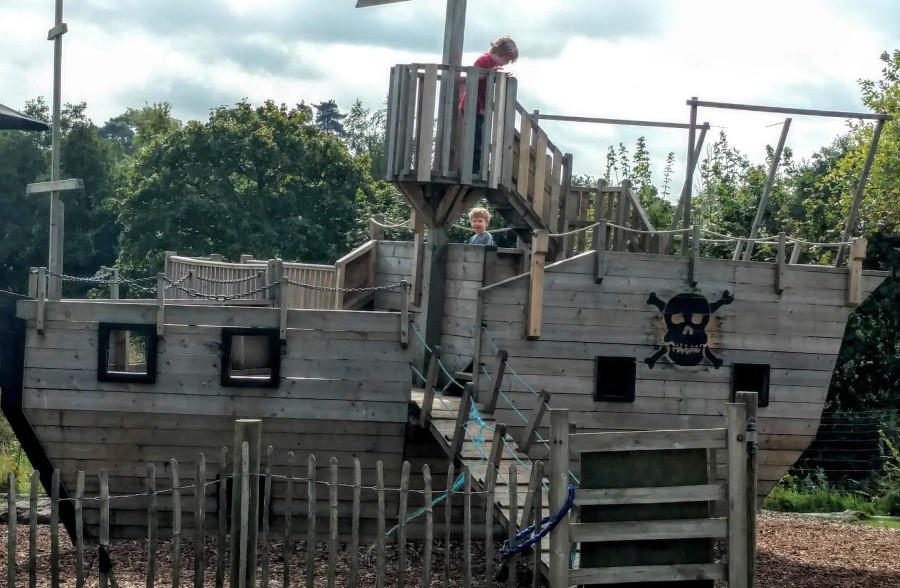 priory_farm_pirate_ship1