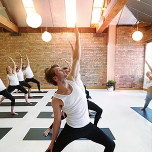 online exercise classes hartley wintney